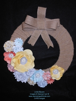 Burlap & Blossom Wreath_Occasions Catalog