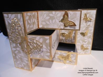 Shutter Card_Gold Glimmer_Linda Bauwin
