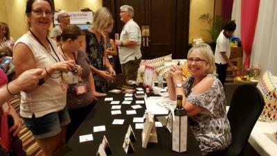 #halffull #wineset #lindabauwin
